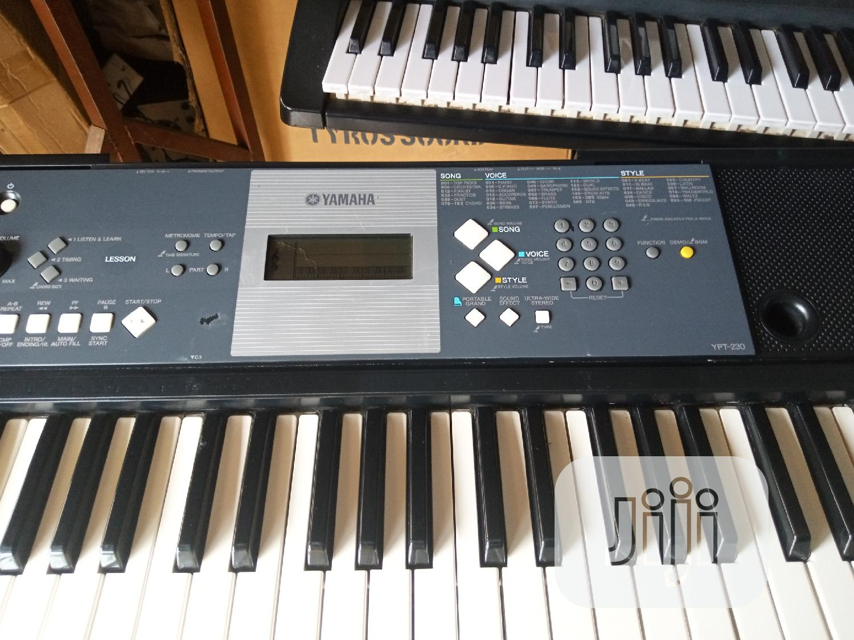 Yamaha Keyboard YTP230