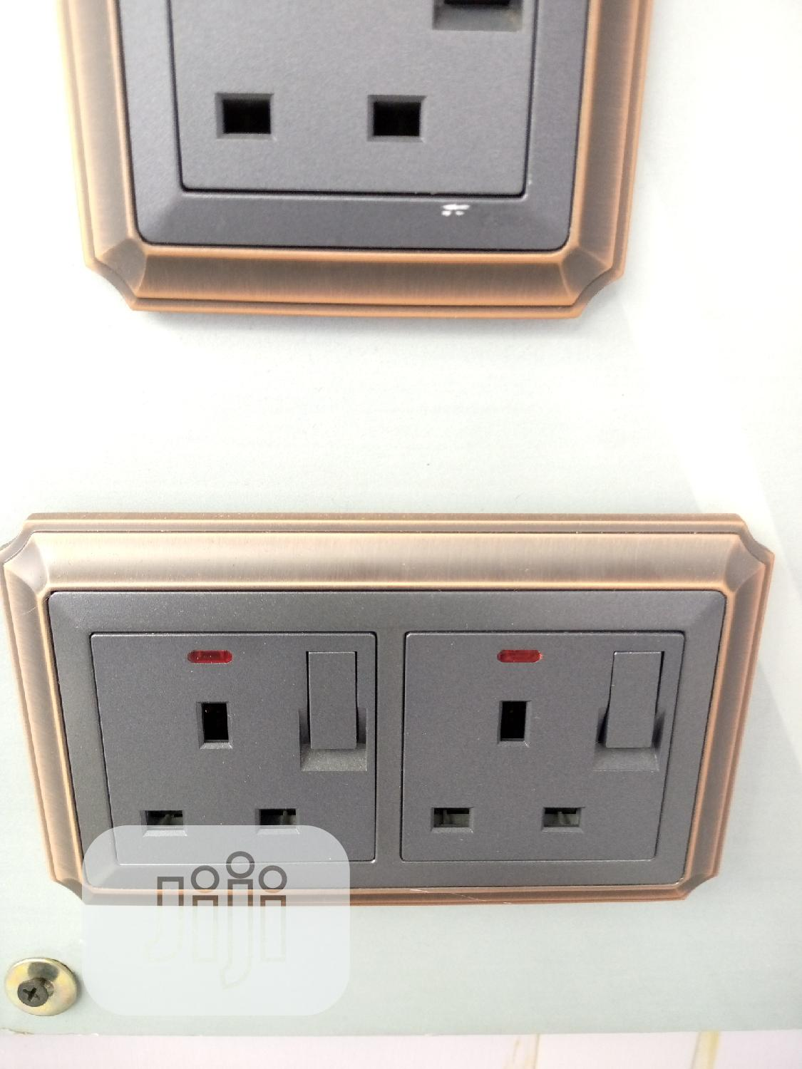 13amps Double Socket And Switch