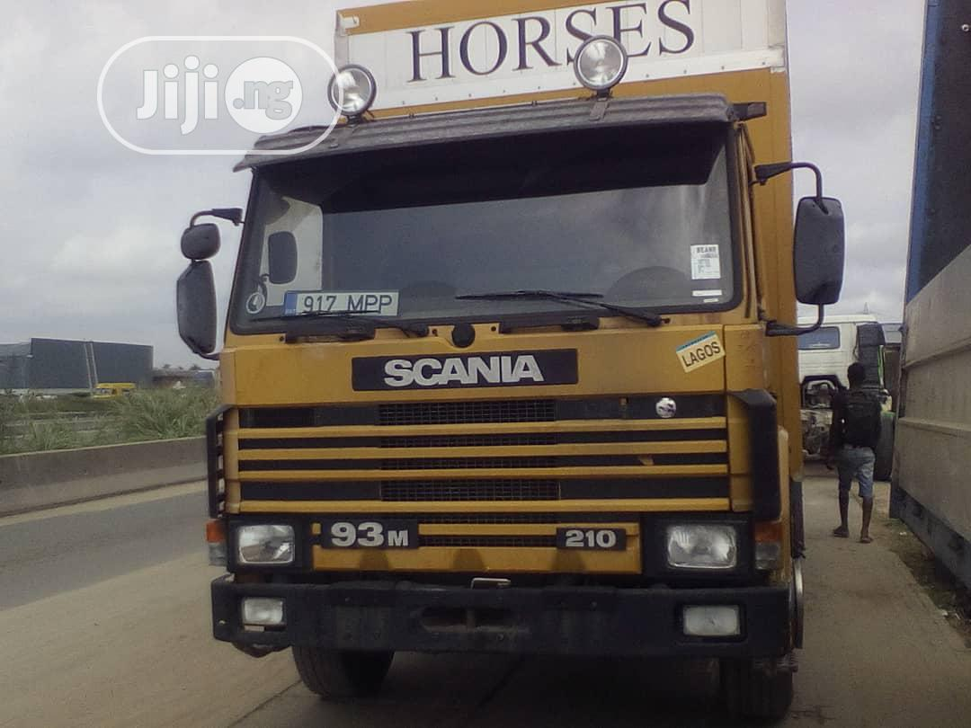 Archive: Scania Truck 93M