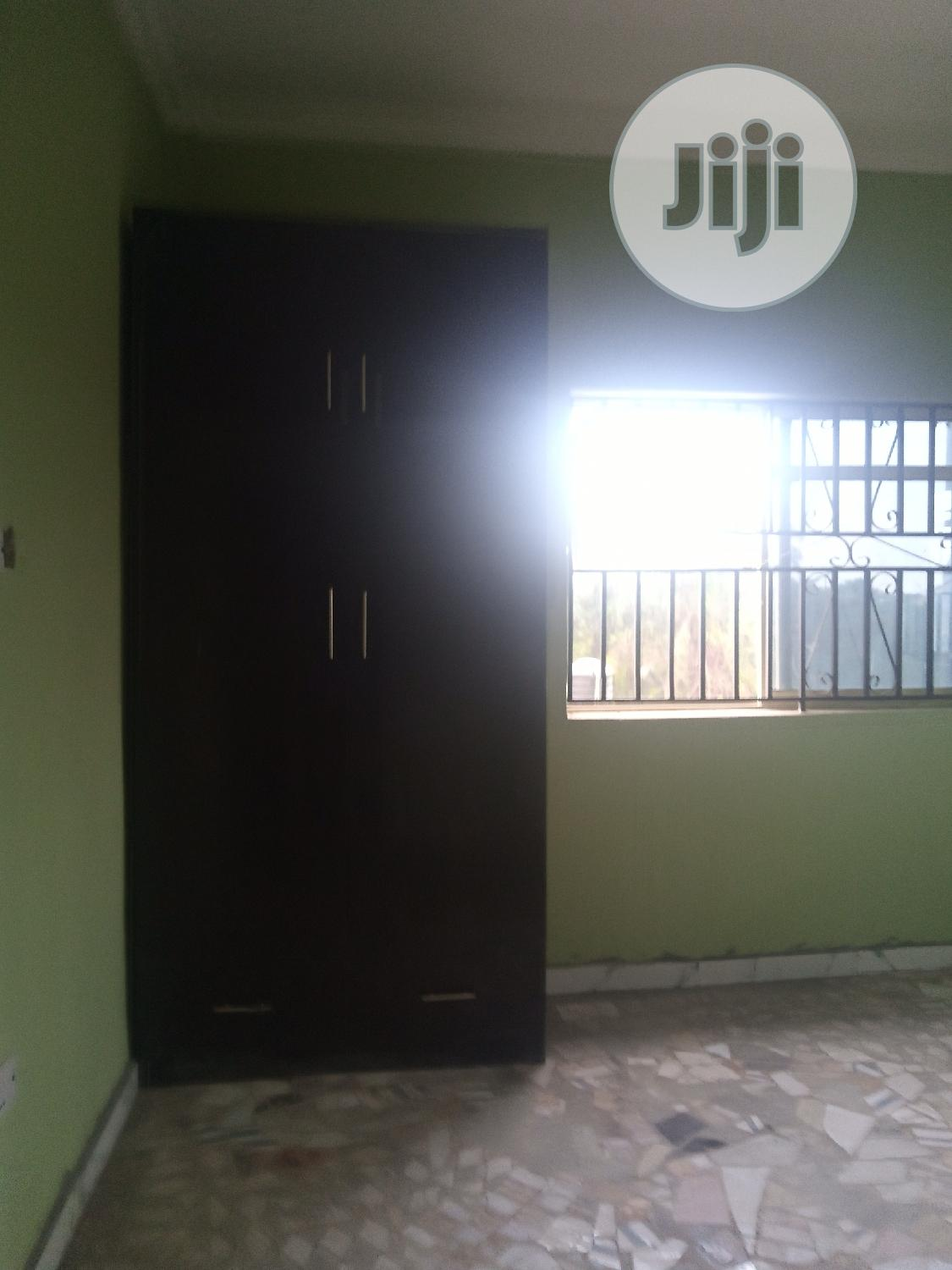 Lovely 2 Bed Room Flat Newly Built At Magboro Vai Ojodu. | Houses & Apartments For Rent for sale in Obafemi-Owode, Ogun State, Nigeria