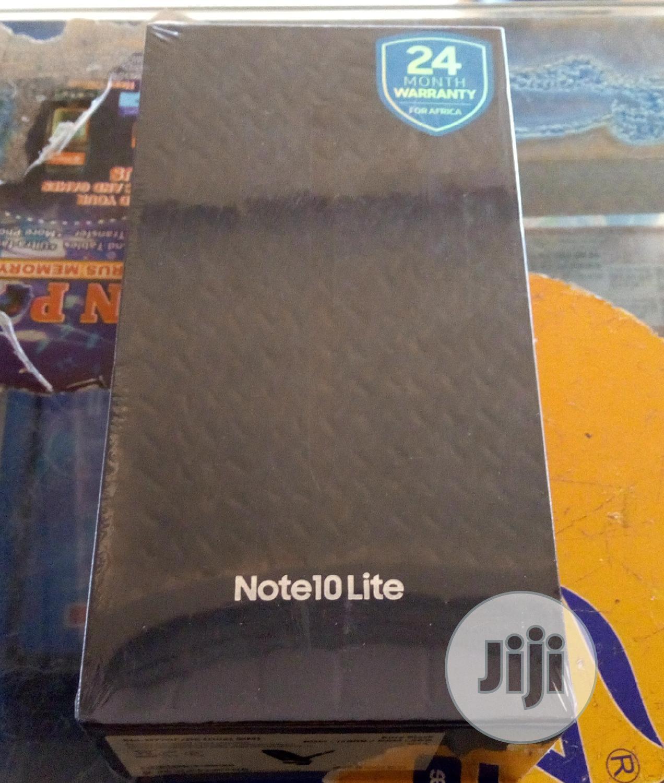 New Samsung Galaxy Note 10 Lite 128 GB Gold