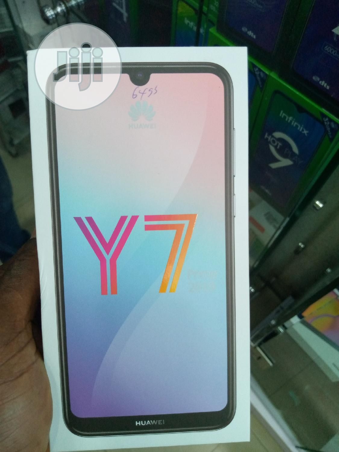 Archive: New Huawei Y7 Prime 32 GB Blue
