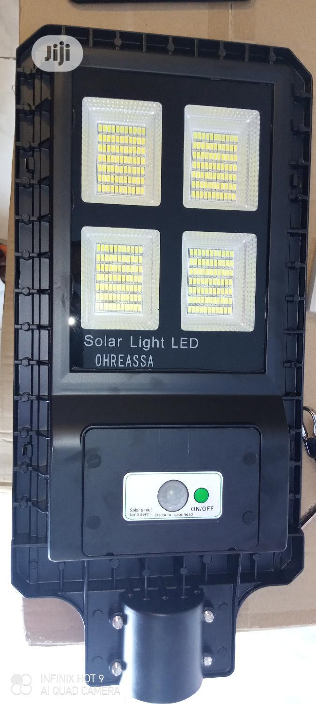 Solar Street Light. 150 Watts