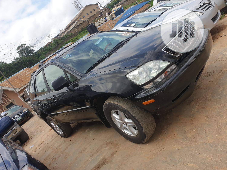 Archive: Lexus RX 2001 300 Black