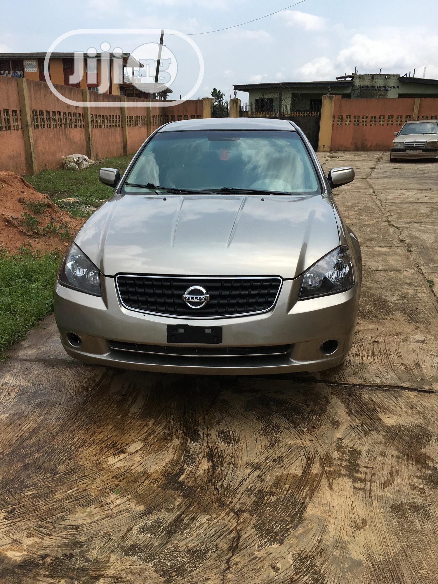Archive: Nissan Altima 2006 2.5 Gold