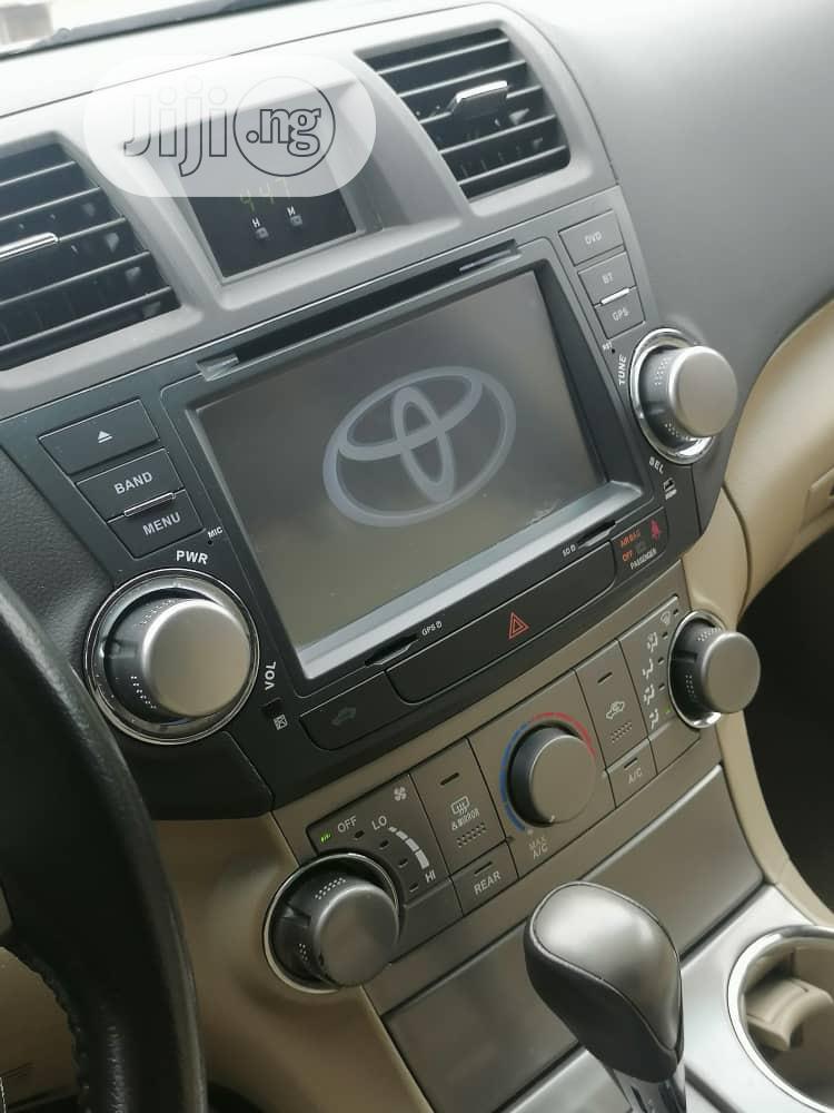 Archive: Toyota Highlander 4x4 2009 Green