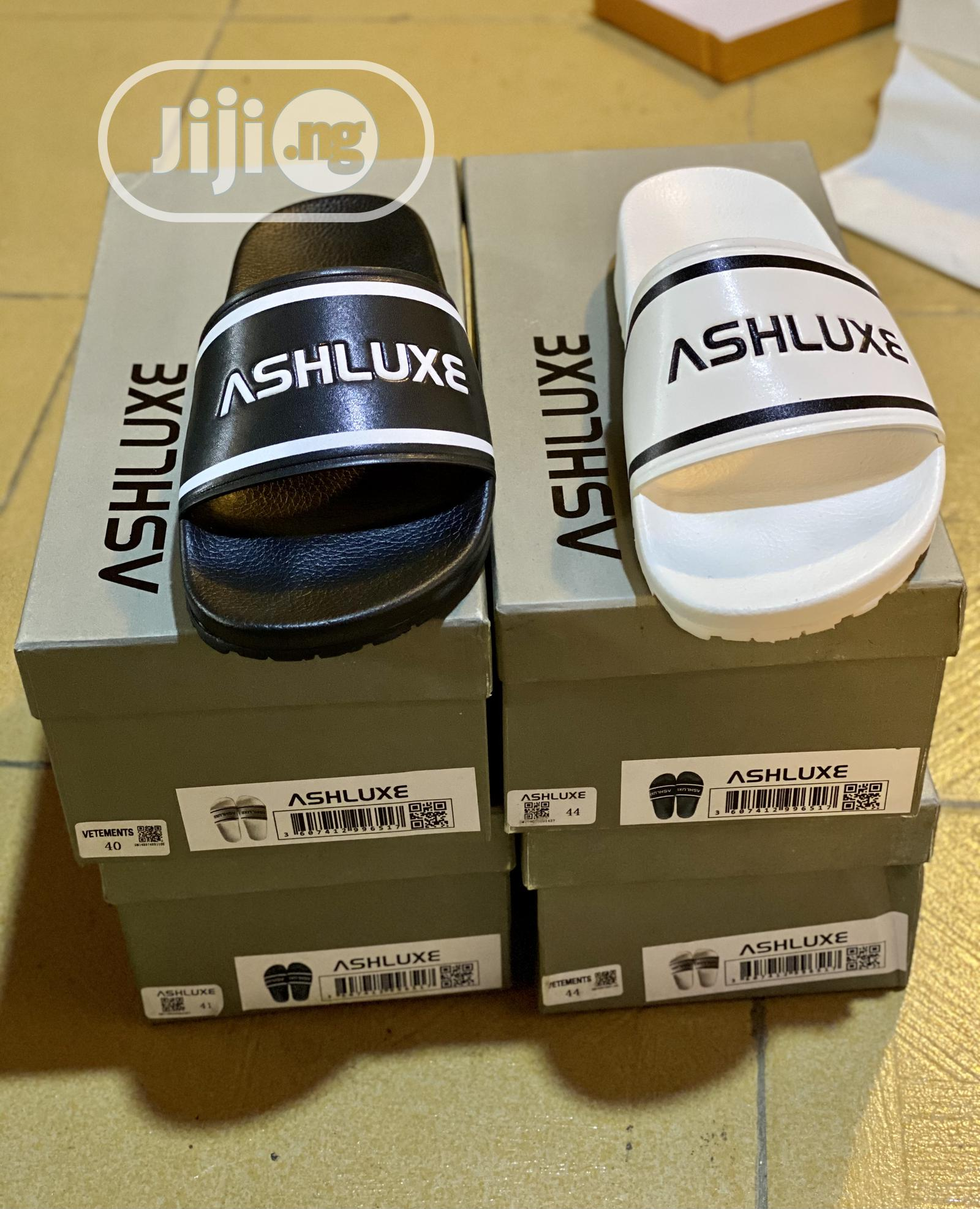 Original Ashluxe Slides With Box.