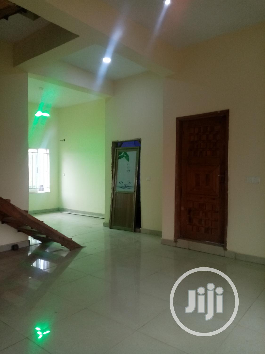 3bedroom Terrace Duplex for Sale at Redeem Auditorium Area | Houses & Apartments For Sale for sale in Sagamu, Ogun State, Nigeria