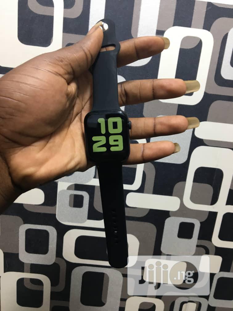 Watch 5 Plus Smart Watch