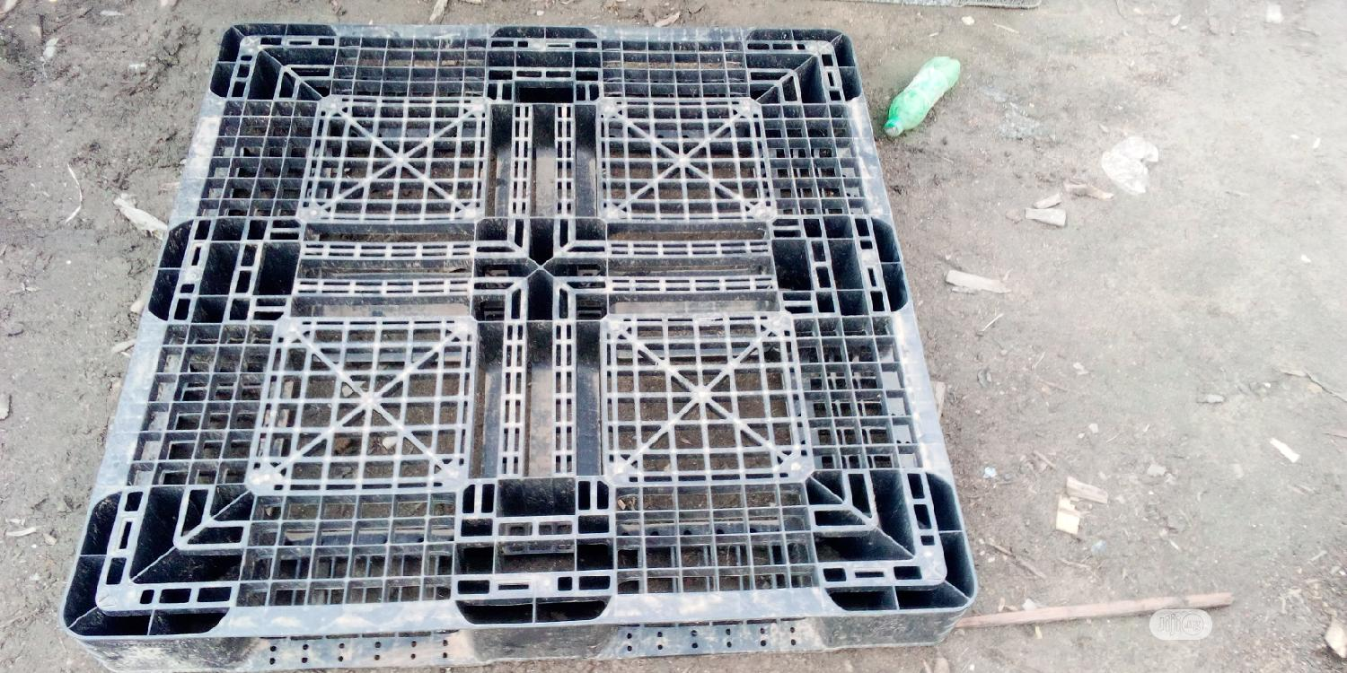 Rugged And Durable Hezvy Duty Pallets | Store Equipment for sale in Ojo, Lagos State, Nigeria