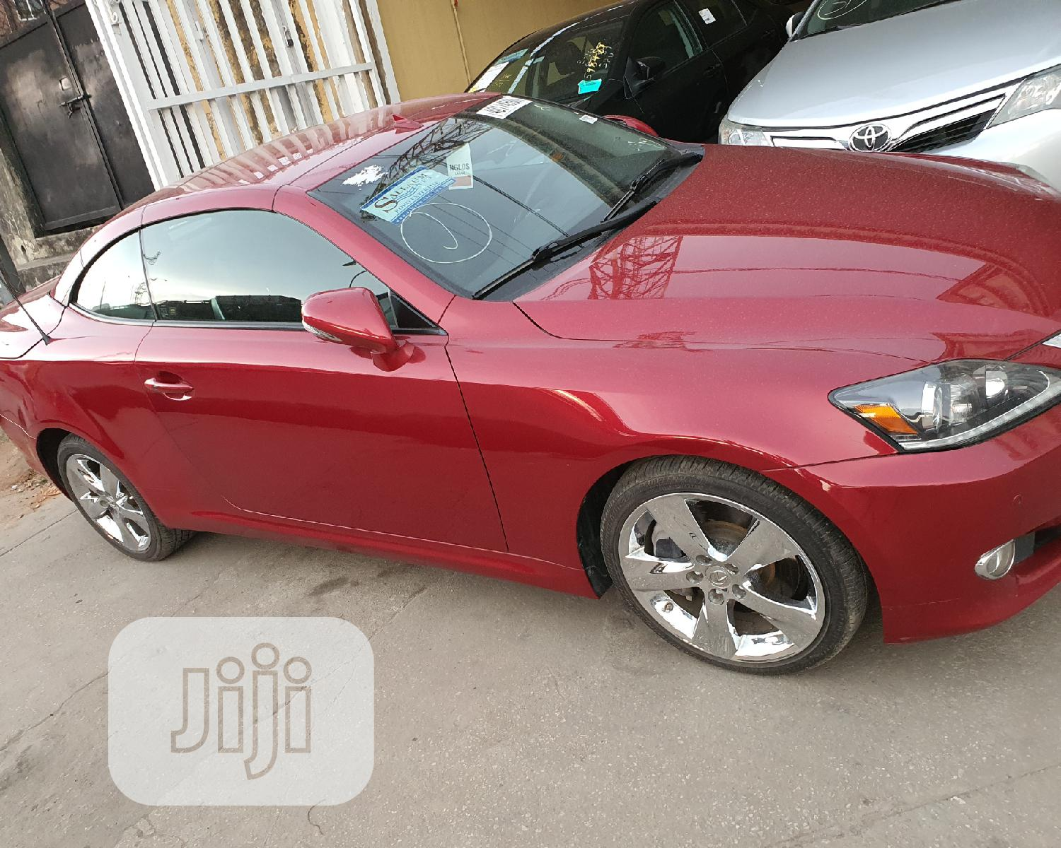 Archive: Lexus IS 2011 350 C Red