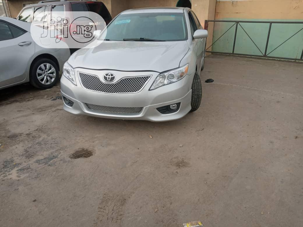 Archive: Toyota Camry 2011