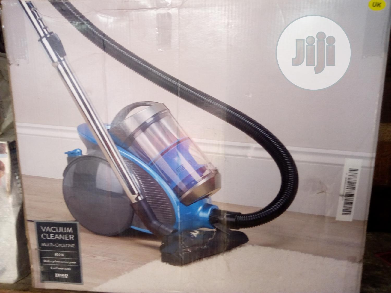 Tesco Bagless Vacuum Cleaner 850watts