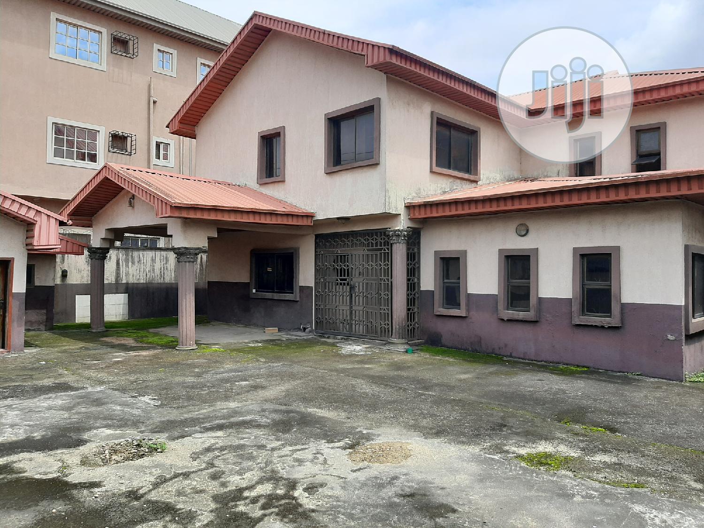 5 Bedroom Duplex With 3 Rooms BQ At Ajao Estate
