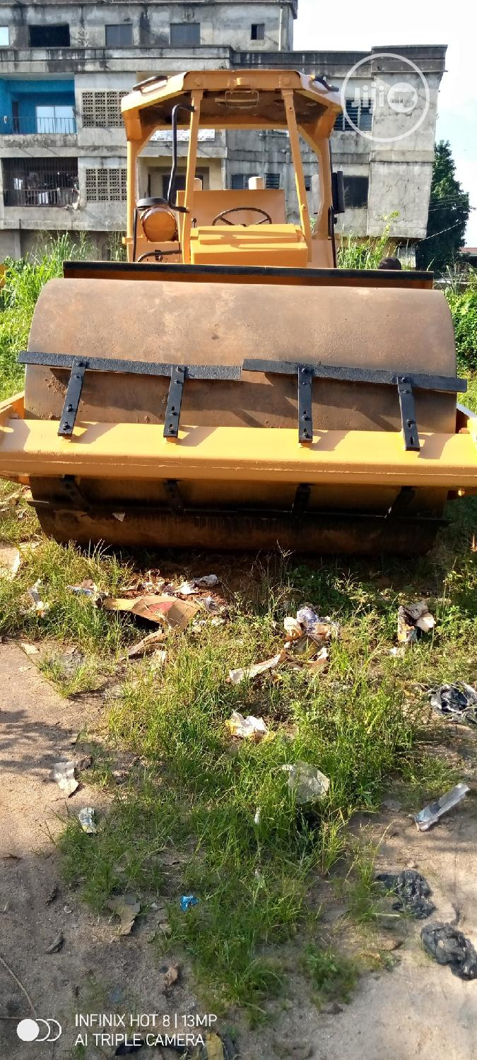 Clean 25tons Road Roller 2010 Yellow For Sale