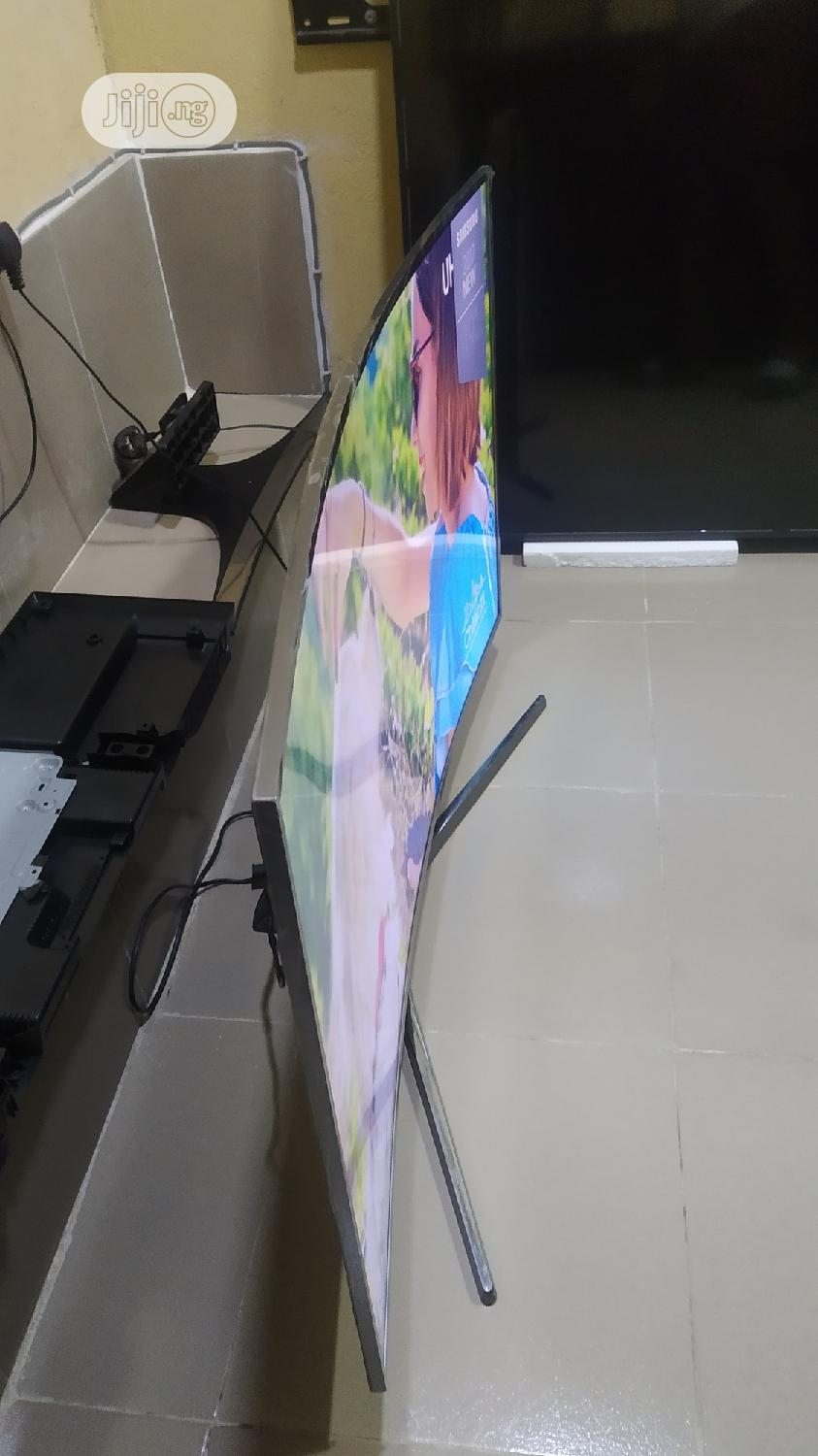 """49"""" Inches Samsung Ultra High Definition 4k HDR Tizen Os TV 