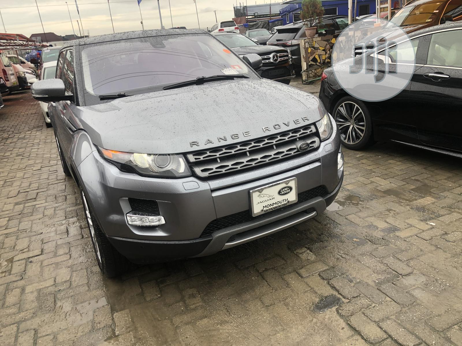 Land Rover Range Rover Evoque 2013 Pure Plus AWD Gray