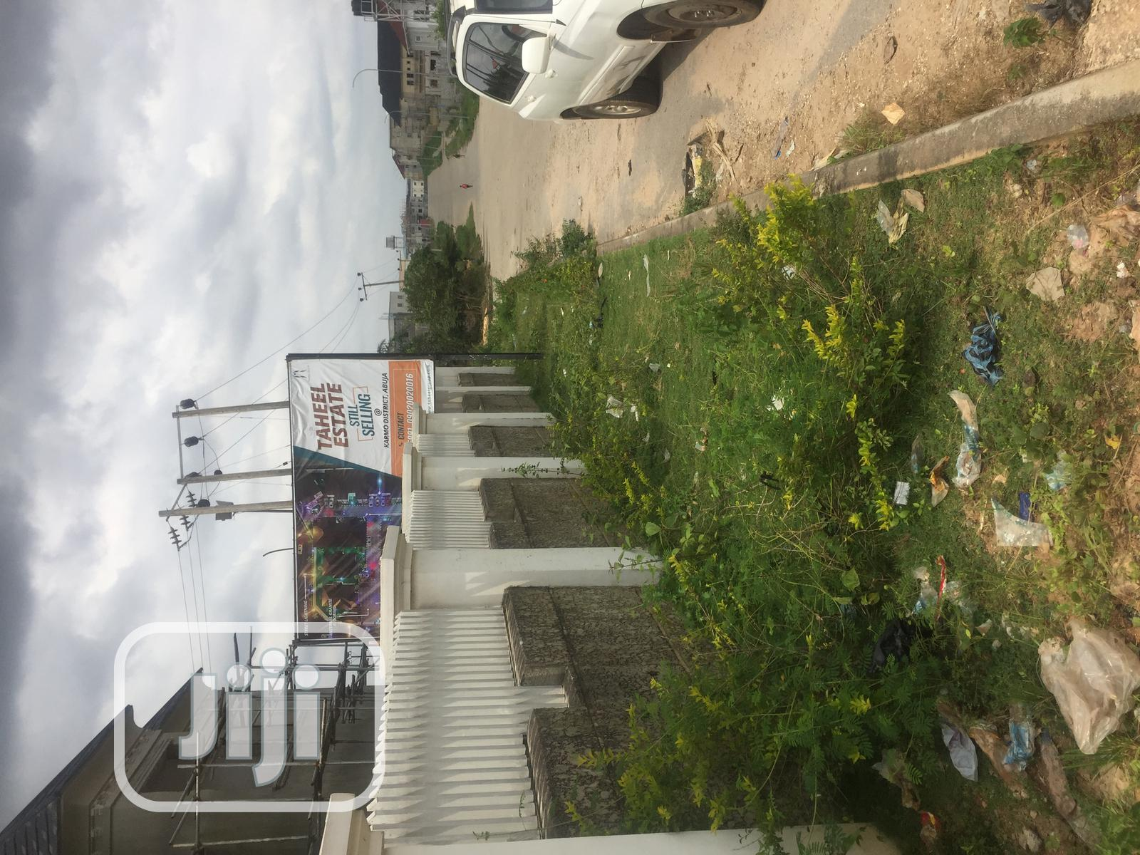 5 Bedroom Fully Detached Duplex | Houses & Apartments For Sale for sale in Karmo, Abuja (FCT) State, Nigeria