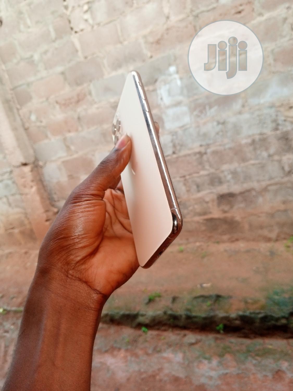 Apple iPhone 11 Pro Max 64 GB Gold   Mobile Phones for sale in Ijebu Ode, Ogun State, Nigeria