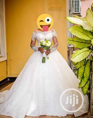 Luxury Ball Dress For Rent With, Veil, Basket   Wedding Wear & Accessories for sale in Lagos State, Magodo