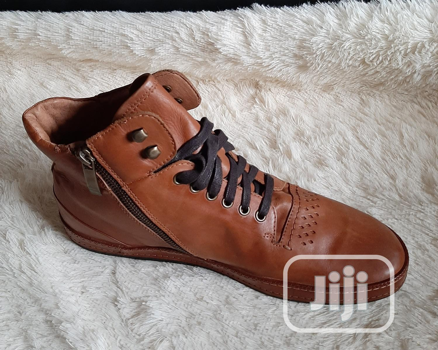 Male Quality Brown Boots