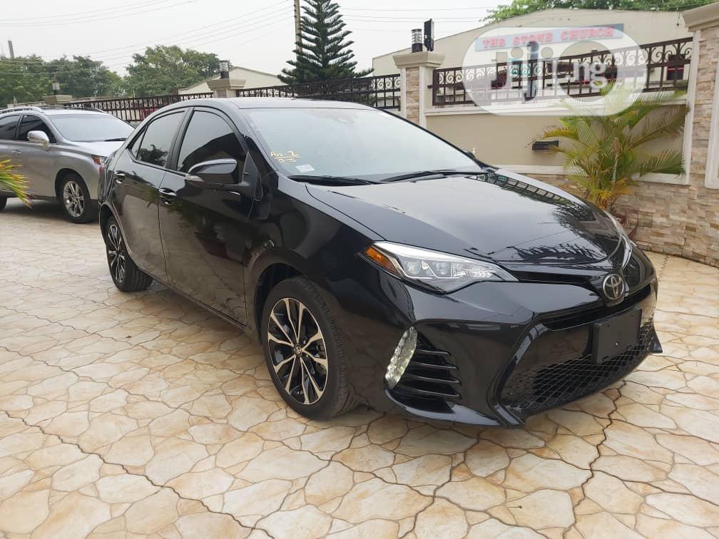 Toyota Corolla 2017 Black