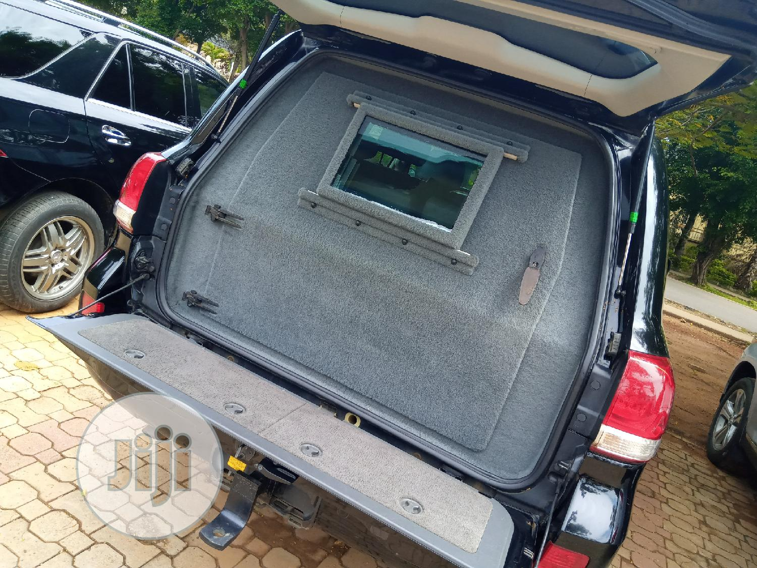 Toyota Land Cruiser 2012 Black