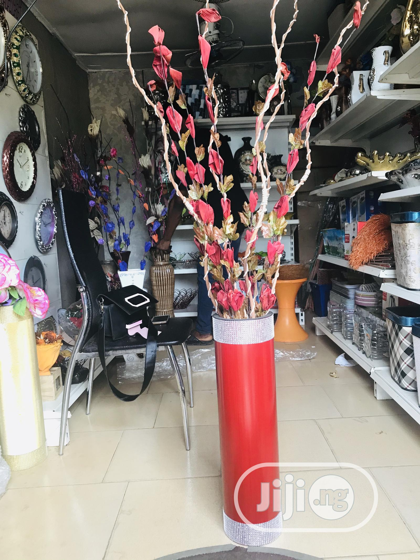 Archive: Flower Vase and Flowers