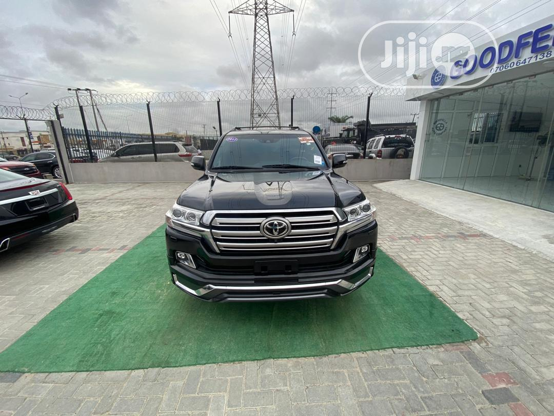 Toyota Land Cruiser 2017 Black