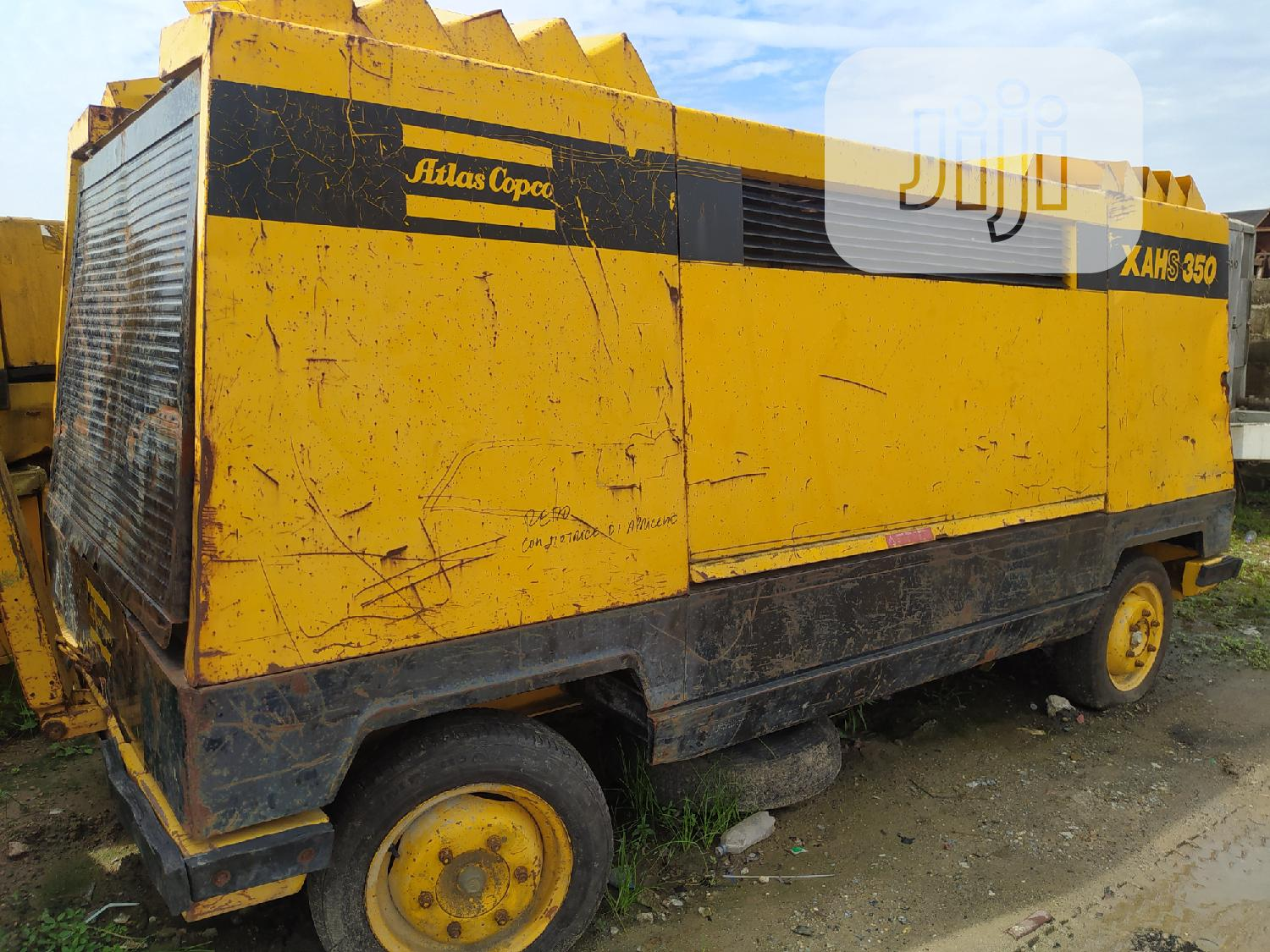 Newly Arrived 10 Cylinder Atlas Copco XAHS350 Air Compressor