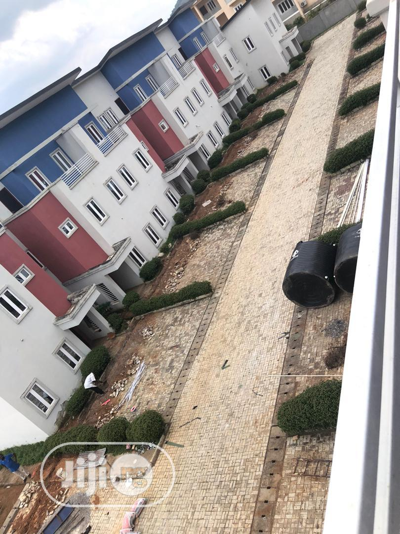 Estate For Sale - 14 Units Of 4bedroom With