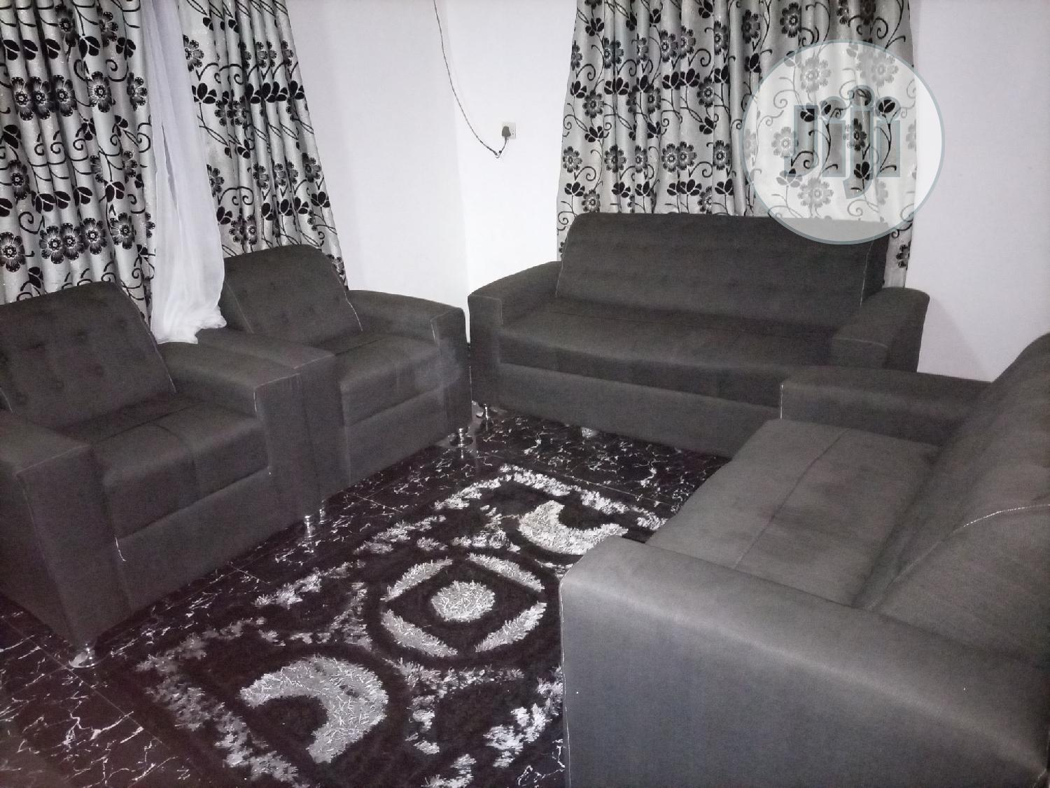 Archive: 4 Seater Chair