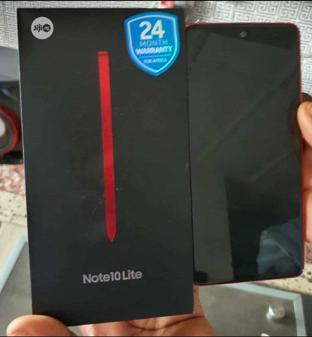 Archive: Samsung Galaxy Note 10 Lite 128 GB Red