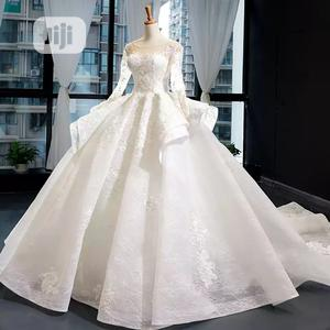 Wedding Gown Covered Wedding Gown Beautiful Luxury Gown | Wedding Wear & Accessories for sale in Lagos State, Ikeja