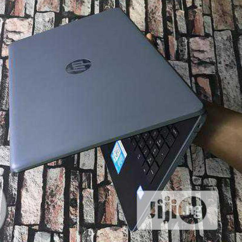 Laptop HP 15-Ra003nia 4GB Intel Core I3 500GB
