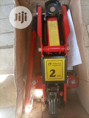 Hydraulic Floor Jack 2tons | Vehicle Parts & Accessories for sale in Lagos State, Ojo