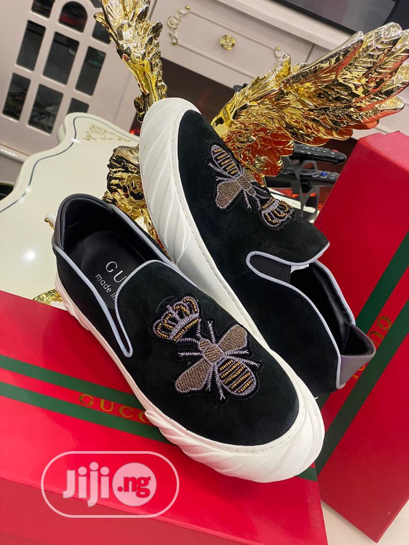 Gucci Canvas Sneaker Available as Seen Swipe to Pick Yours | Shoes for sale in Lagos Island (Eko), Lagos State, Nigeria