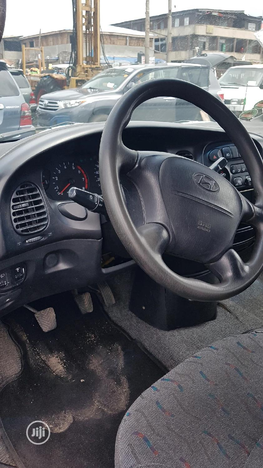 Hyundai H1 Bus With Aircondition Manual Custom Duty Paid | Buses & Microbuses for sale in Apapa, Lagos State, Nigeria