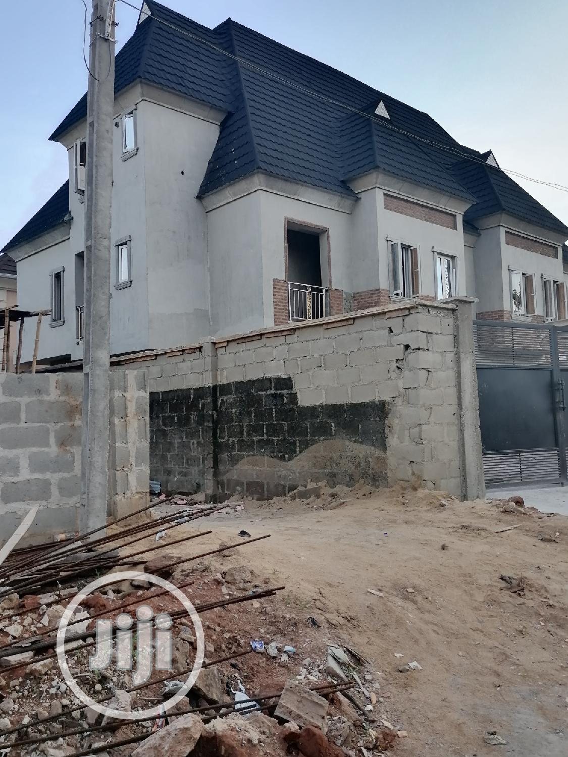 Archive: Newly Built Exquisite 4 Bedroom Duplex in Magodo Phase 1