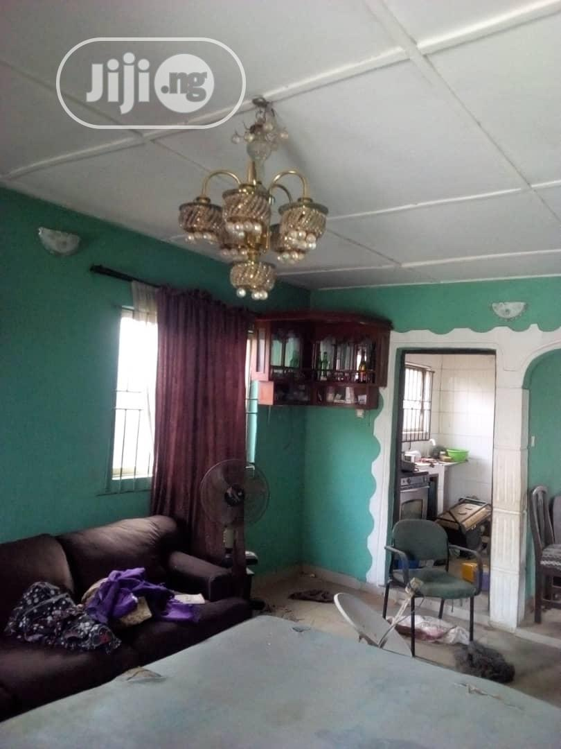Archive: 2 Bedroom Flat With Dinning