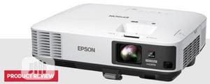 Epson 5000lumens Powerlite2250u | TV & DVD Equipment for sale in Lagos State, Ikeja