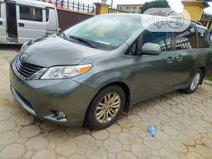 Toyota Sienna 2013 XLE AWD 7-Passenger Green   Cars for sale in Lagos State, Isolo