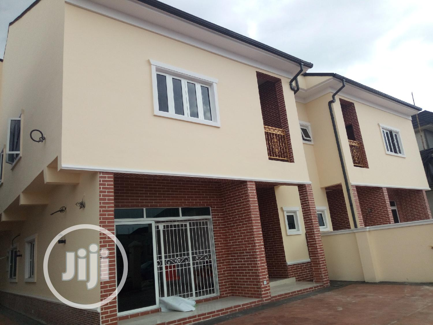 Brand New 4bedroom Duplex With 2boys Quater In Golf Estate