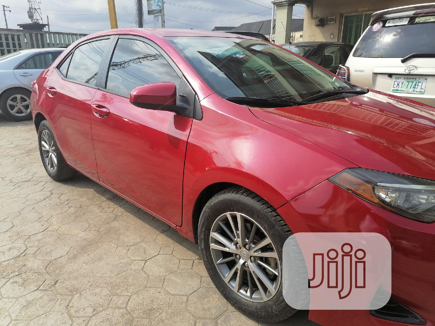 Archive: Toyota Corolla 2019 LE (1.8L 4cyl 2A) Red