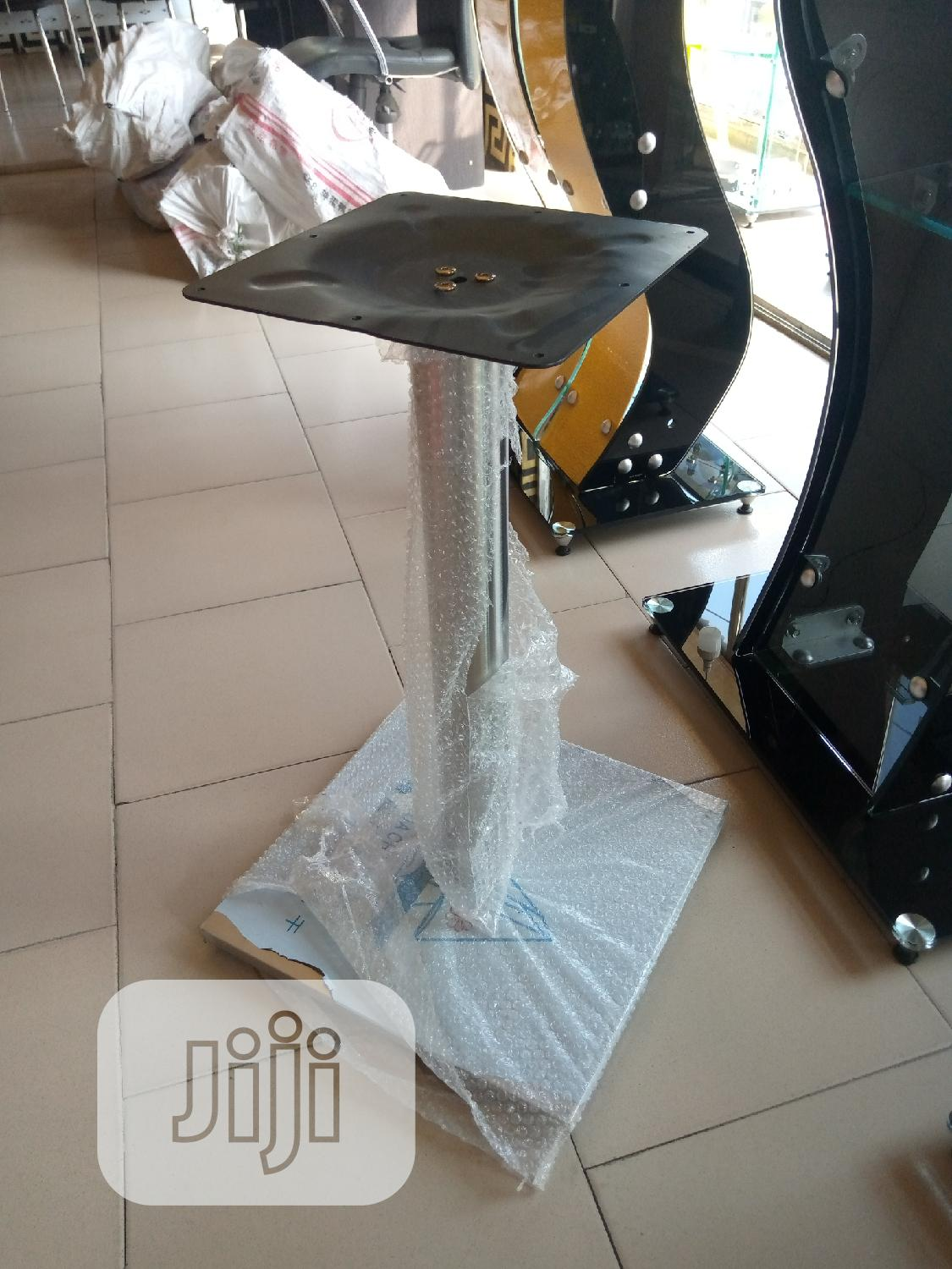 Archive: Table Stand