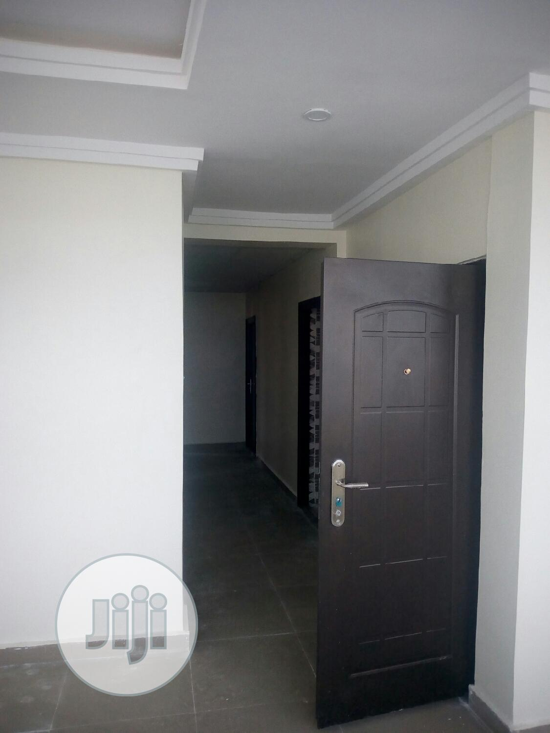 Newly Built & Spacious 3 Bedroom Flat To Let At Olokonla Aj | Houses & Apartments For Rent for sale in Ajah, Lagos State, Nigeria
