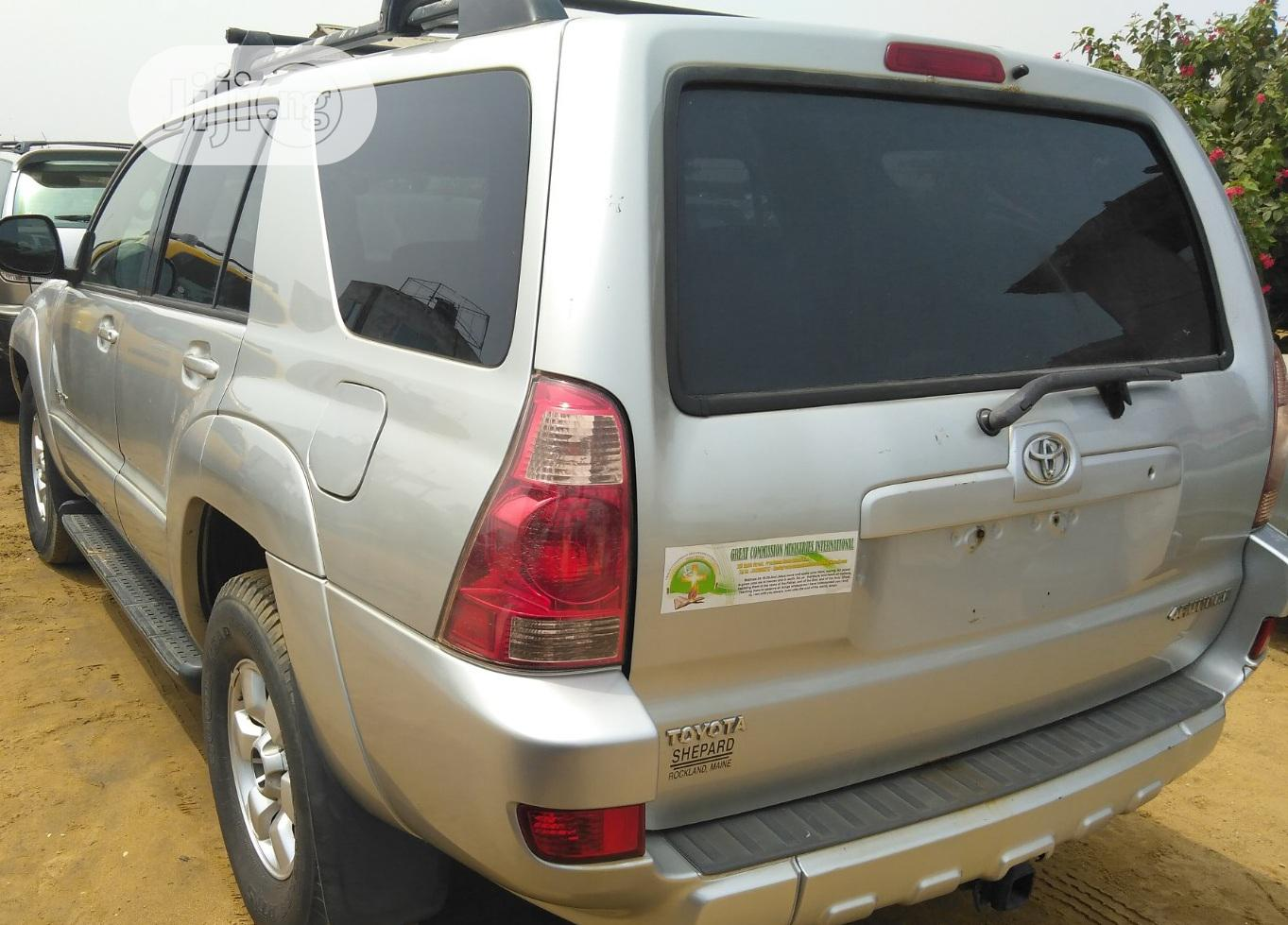 Toyota 4-Runner SR5 4x4 2004 Silver | Cars for sale in Ikeja, Lagos State, Nigeria
