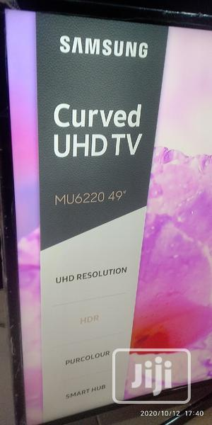 """49"""" Samsung Curve Uhd 4K Hdr TV With Unlimited Netflix 