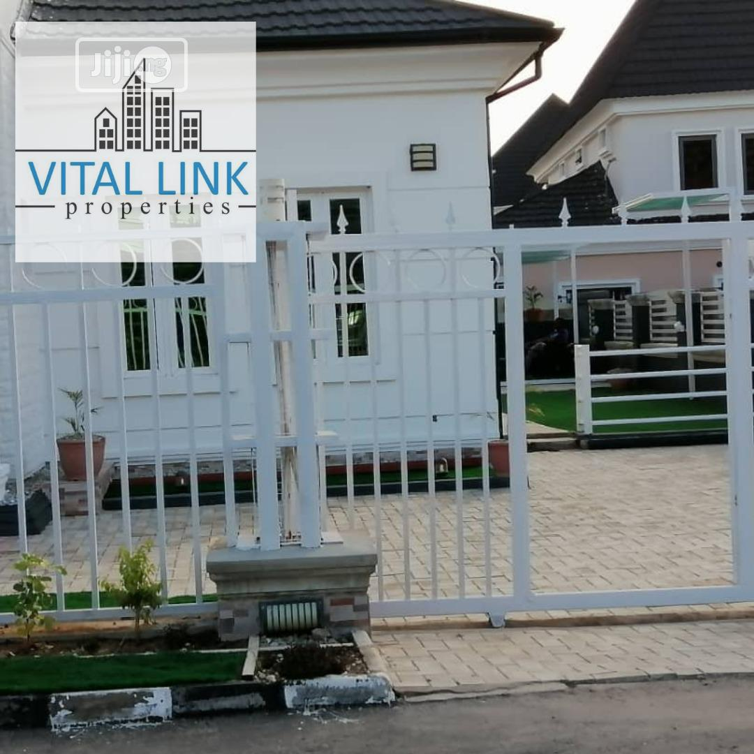 5 Bedroom Duplex For Sale.   Houses & Apartments For Sale for sale in Sabon Lugbe, Lugbe District, Nigeria