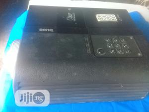 Very Sharp Benq Projector For Sale | TV & DVD Equipment for sale in Abuja (FCT) State, Central Business Dis